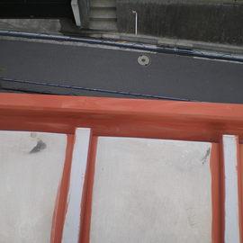 棒葺き屋根の塗装工事